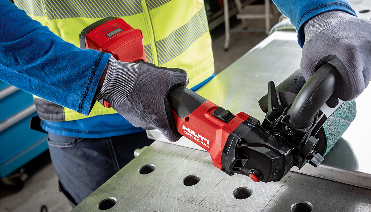 Introducing the GPB 6X-A22 Cordless burnisher for metal fabrication